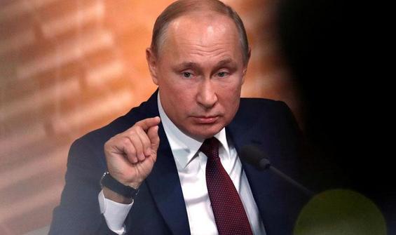 Putin üç bakanı görevden alındı