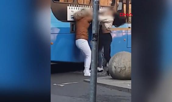 Kadınların tartışması bir anda kavgaya döndü