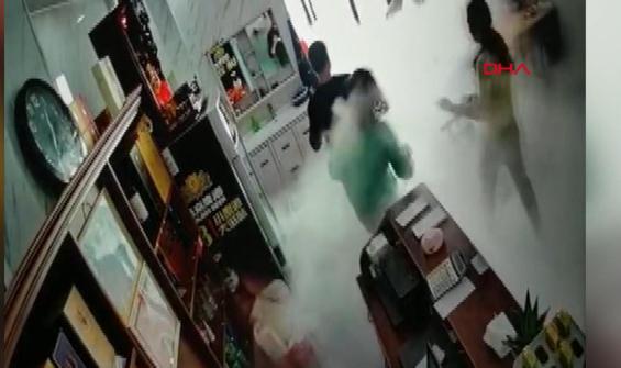 Doğalgaz patlaması anbean kamerada