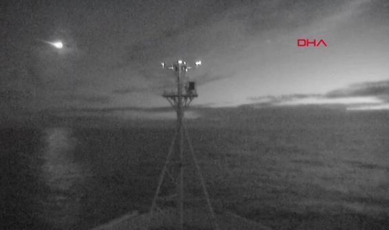 Meteorun düştüğü anlar kameraya böyle yansıdı