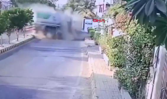 Akaryakıt tankeri eve böyle daldı