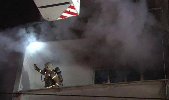 Ümraniye'de bir evde çıkan yangın söndürüldü