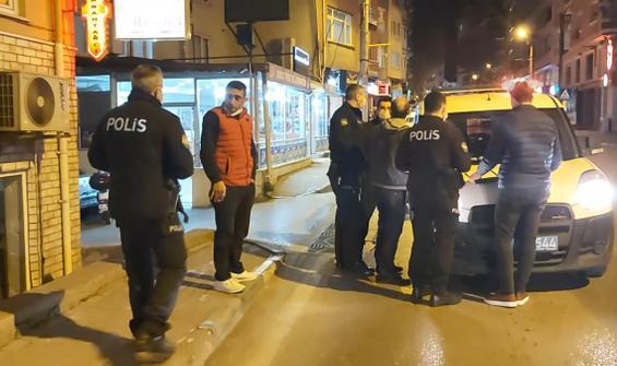 Yasağa rağmen sokağa çıktı, polisleri tehdit etti