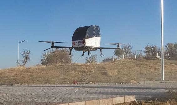 Siirtli mucidin 'uçan' arabası!