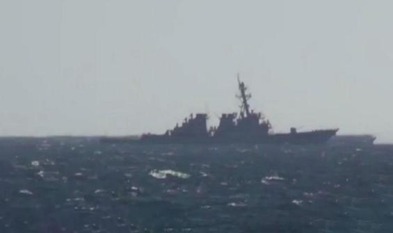 Rus savaş gemisi, ABD savaş gemisini böyle uzaklaştırdı