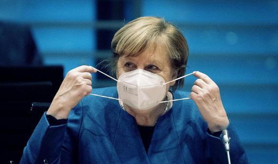 Merkel: Kısıtlamalar 20 Aralık'a kadar uzatıldı