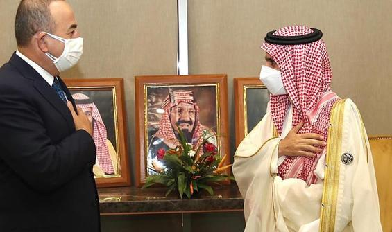 Çavuşoğlu, Sudanlı mevkidaşı İsmail ile görüştü