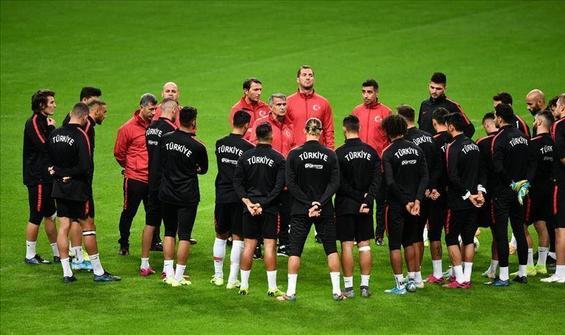Türkiye, FIFA dünya sıralamasında bir basamak yükseldi