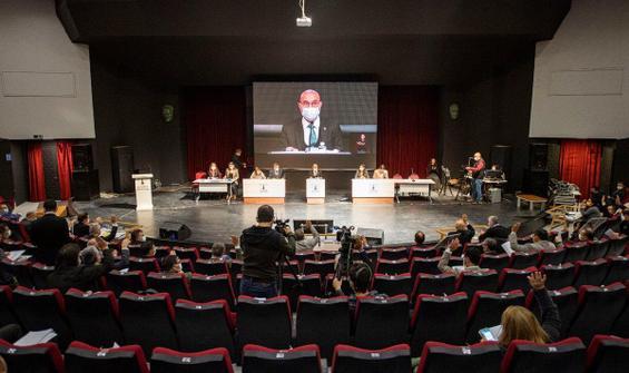 İzmir'in 2021 bütçesi kabul edildi