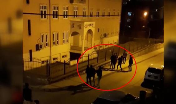 13 kişinin karıştığı kavga kamerada