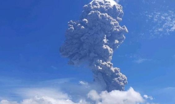 Yanardağdaki peş peşe patlamalar korkuttu