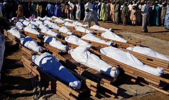 Tarlada çalışan 110 çiftçi öldürüldü