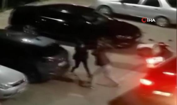 Motosikletli kuryelerin kavgası kamerada