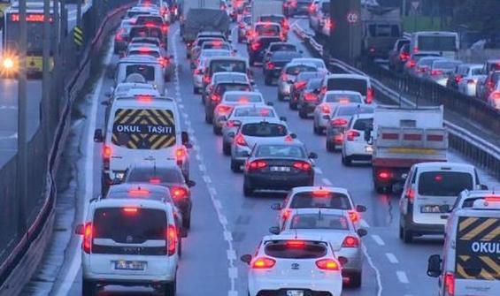 Kısıtlama öncesi İstanbul'da trafik yoğunluğu