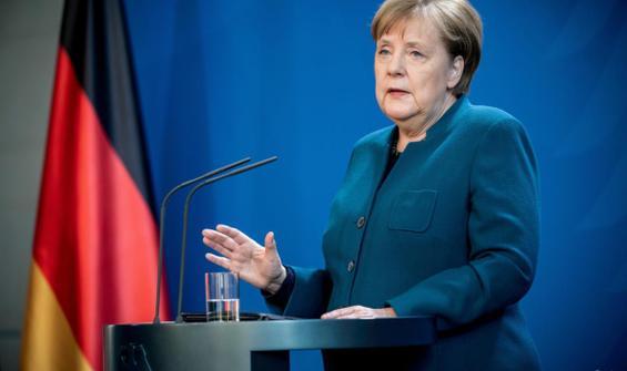 Merkel'den Türkiye-AB ilişkilerine dair açıklama