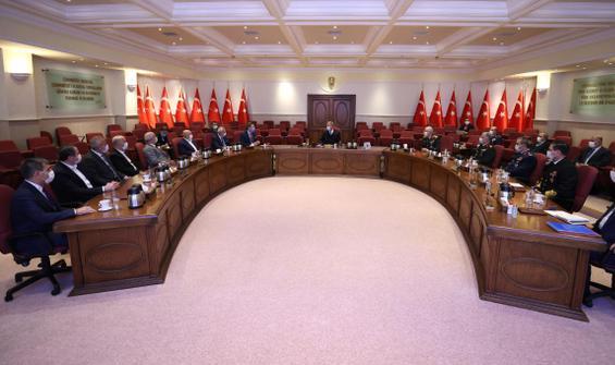 Bakan Akar ve Genelkurmay Başkanı Güler'den tepki