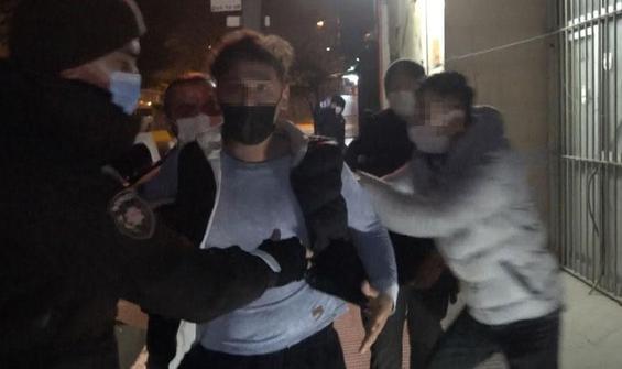 'Ben boksörüm' deyip gazetecinin burnunu kırdı