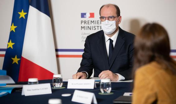 Fransa'dan aşı açıklaması: Önce 1 milyon kişi...