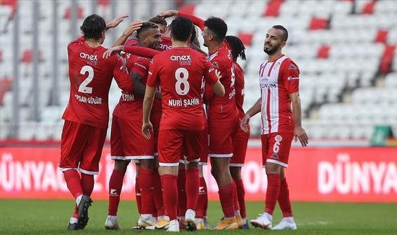 Antalyaspor ligde 7 hafta sonra kazandı