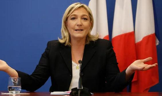 PSG ve Başakşehir, aşırı sağcı Le Pen'i endişelendirdi