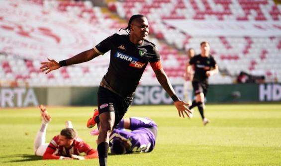 Rodallega şimdiden geçen sezonki gol performansını geçti