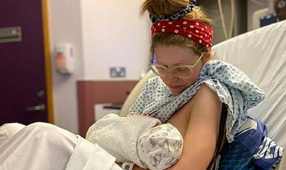 Ünlü oyuncunun bebeği koronaya yakalandı