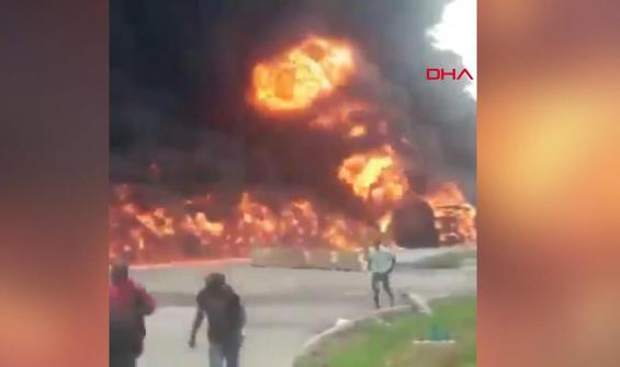 Petrol taşıyan tankerde patlama