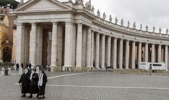 Papa'dan kadınlar için düzenleme