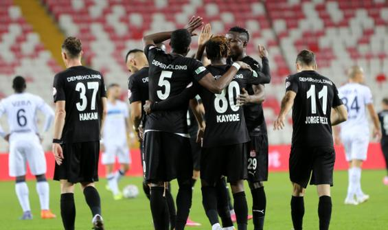 Sivasspor uzatmalarda turladı