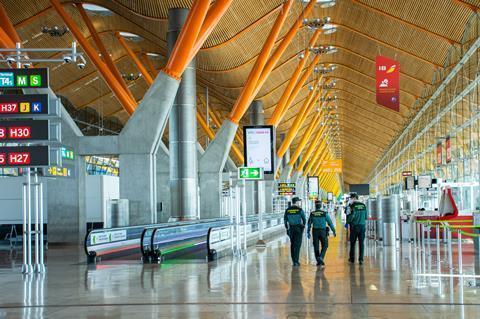 İspanya'dan Fas'tan gelen yolculara Kovid-19 testi kararı