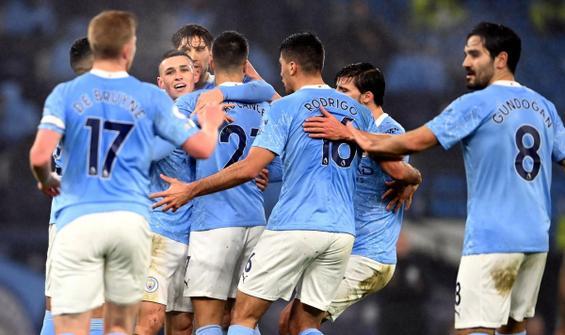Manchester City tek attı 3 aldı