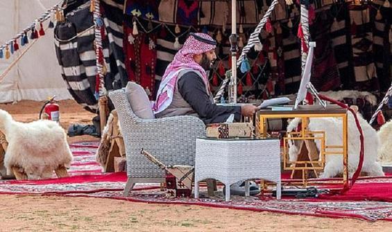 Prens Selman bir ilke imza attı! Davos'a çölden katıldı