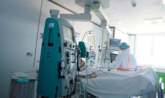 İngiltere'de hasta sayısında artış: 30 saniyede bir hasta