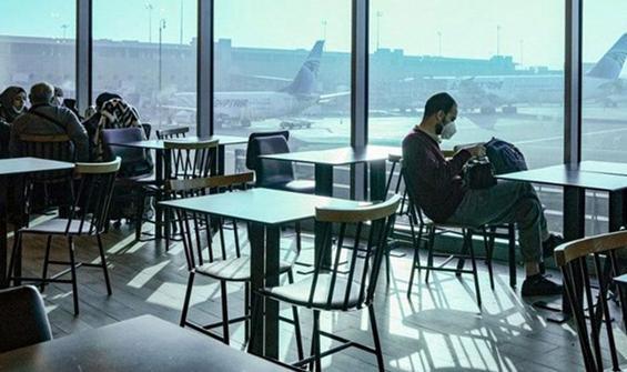 Kovid-19 korkusundan 3 ay havalimanında yaşadı
