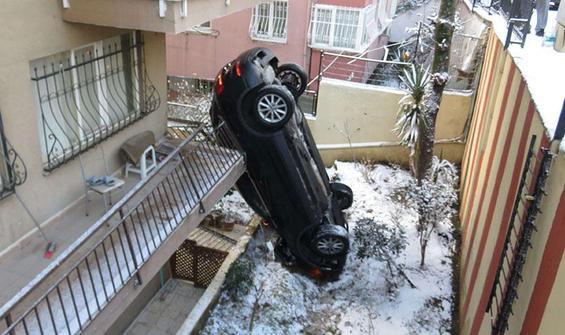 Üsküdar'da akılalmaz kaza