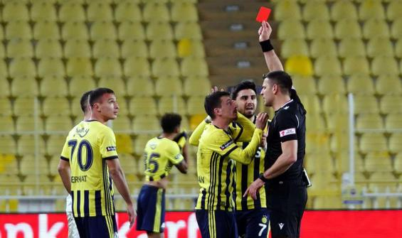 Mert Hakan Yandaş, Sivasspor maçında sahada