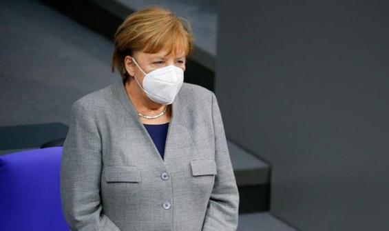 Merkel'den mutant virüs uyarısı