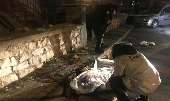 Karı koca evlerinin girişinde katledildi!