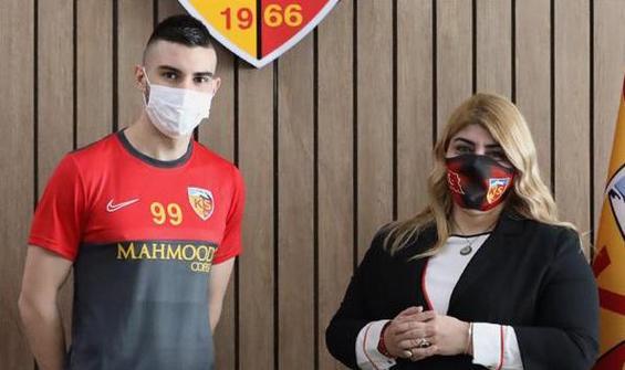 Kayserispor'a Hırvat golcü