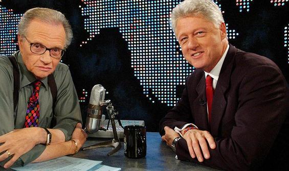 Efsanevi sunucu Larry King hayatını kaybetti