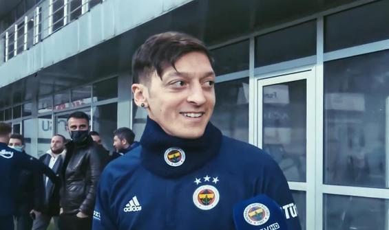 Mesut Özil, ilk antrenmanına çıktı