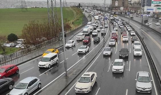 İstanbul'da trafik kilit! Yüzde 80'e yaklaştı
