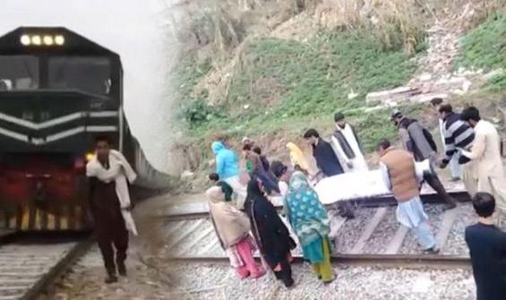 TikTok videosu çekerken tren çarptı!