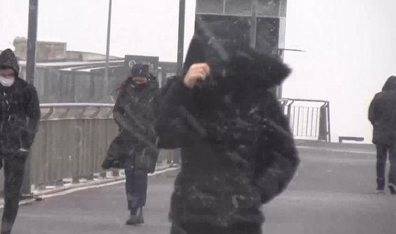 İstanbul'da bazı ilçelerde kar başladı
