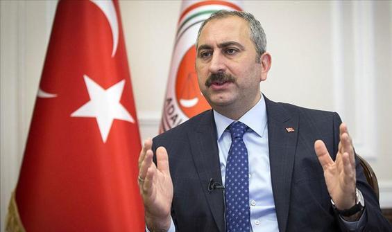 """Bakan Gül'den """"yeni anayasa"""" açıklaması"""