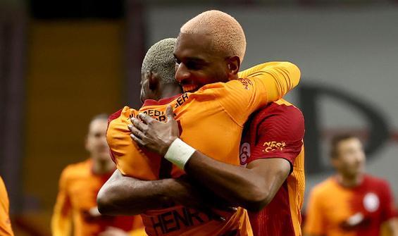 Galatasaray, Başakşehir'i 3 golle geçti