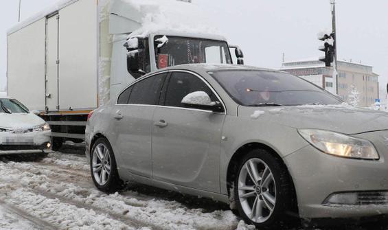 Zonguldak-İstanbul yolu TIR'lara kapatıldı