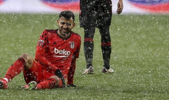 Beşiktaş'a Cezayirli yıldızdan kötü haber