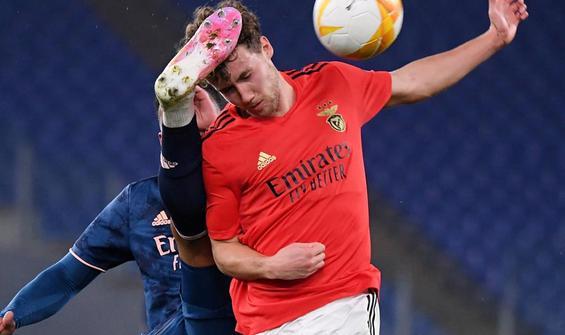 Benfica ile Arsenal berabere kaldı