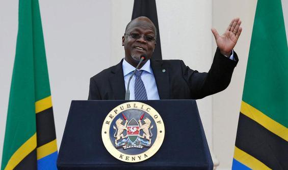 Aşı karşıtı devlet başkanı halka seslendi: 3 gün dua edin